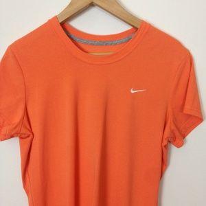 Nike Dri-Fit Women 100% Cotton L Orange T-Shirt